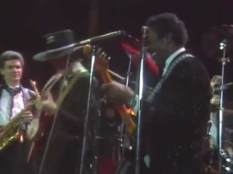 "Chuck Berry's 1986 Hall of Fame Induction Jam Session – ""Roll Over Beethoven"""