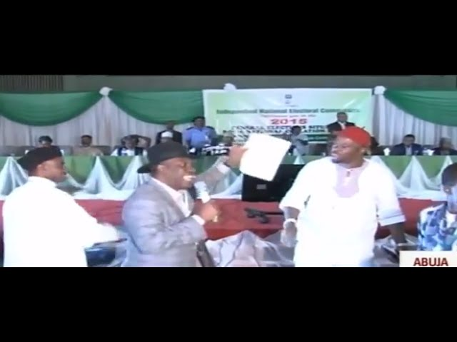 Peter Orubebe Disrupts Announcement of 2015 Presidential Election Results.