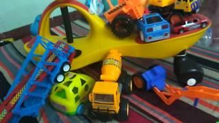 Bé giải cứu siêu xe trọng tải đồ chơi oto