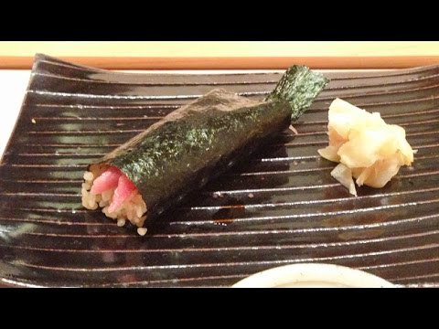 how to make a sushi hand roll video