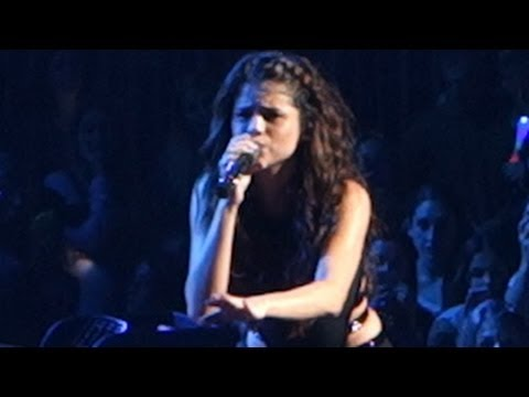 Justin Bieber And Will I Am Selena Gomez Message T...