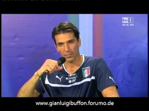 Interview Gianluigi Buffon & Giorgio Chiellini, 10.9.13 Italy vs Czech Republic