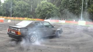 Alfaromeo 75 T.S. Drifting and Bornout