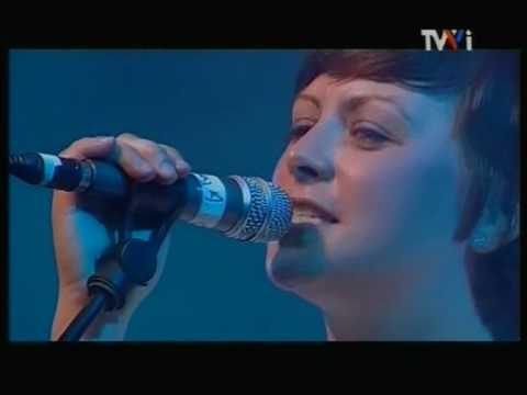 Camera Obscura - 8. Let's Get Out Of This Country (FIB 2007)