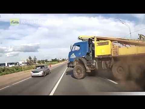 Ruskie drogi odc. 8 (RUSSIAN ROADS) czyli idioci za kierownicą debile na drodze 2017 [Mr Julia]