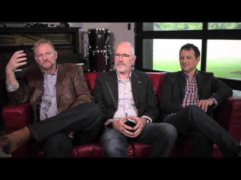 Phillips Craig & Dean - Throne Of Praise