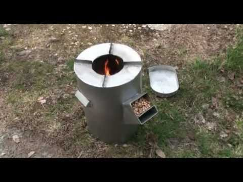 DIY gravity feed rocket stove - burning wood pellets (sawdust granules)
