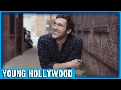 AMERICAN IDOL Champ Phillip Phillips Performs 
