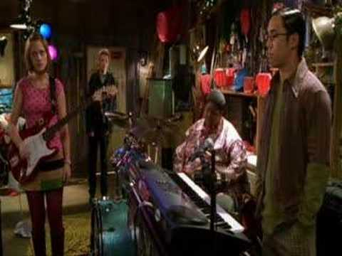 "Zooey Deschanel singing ""mr.big stuff"" in- ""the new guy ..."