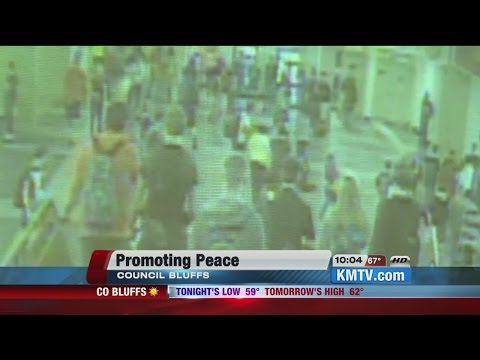 Authorities show video of fatal Council Bluffs school Fight - 10/02/2014