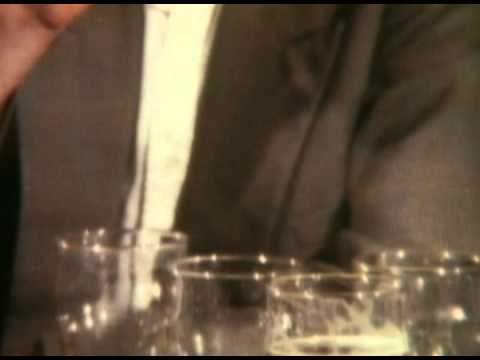 The Pogues - Streams Of Whiskey