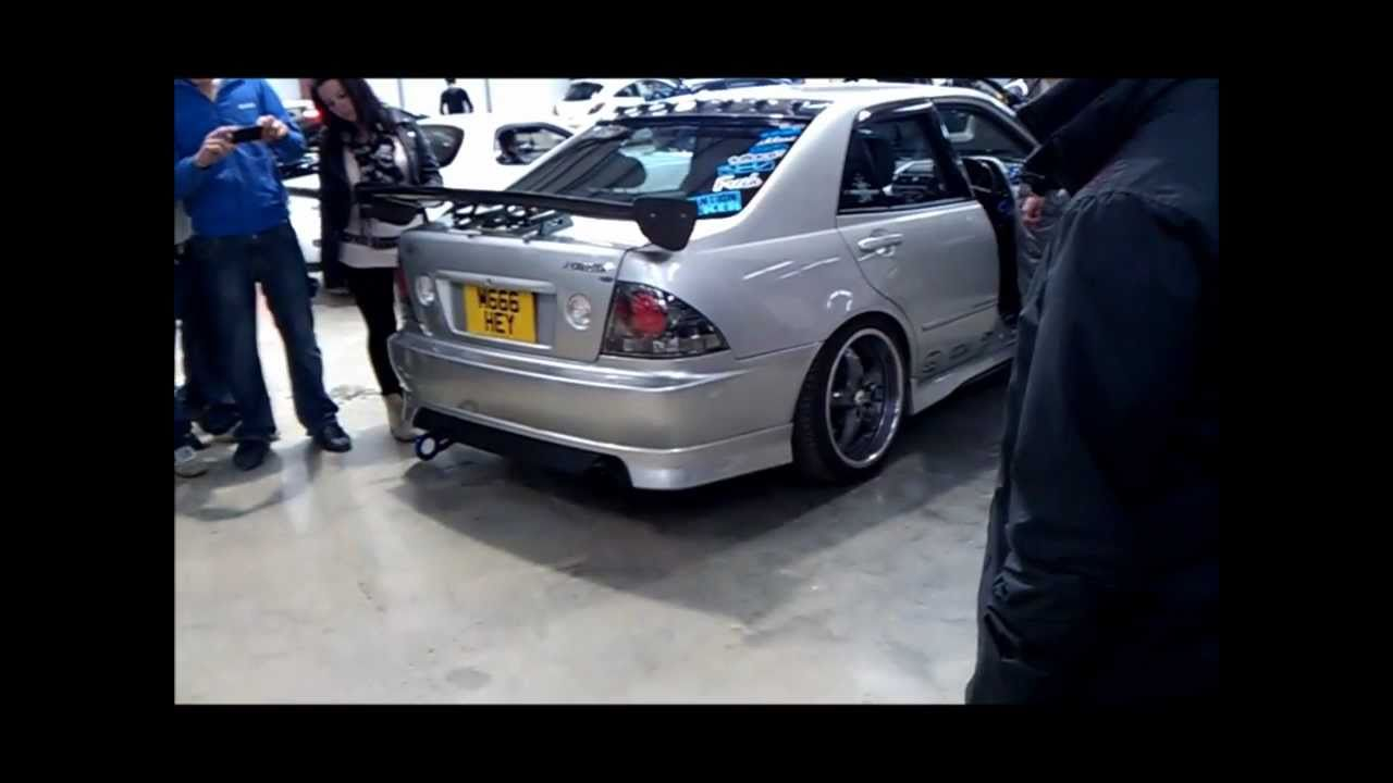 Toyota Altezza Customized Toyota Altezza Rs200 Reving