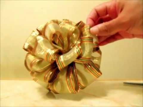 Manualidades  Navideñas  Moño Pon Pon De 4 Capas En Cintas video