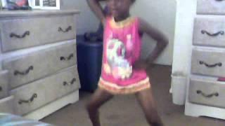 DANCE FOR DA FAM {Cy}