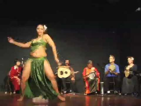 Belly dance with Amira Ariana (part 2)