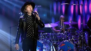 Beck Performs 39 Up All Night 39