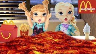 FROZEN Elsa McDonalds + The Floor is Lava + Pool Party - Come Play FROZEN Toddler Dolls Compilation