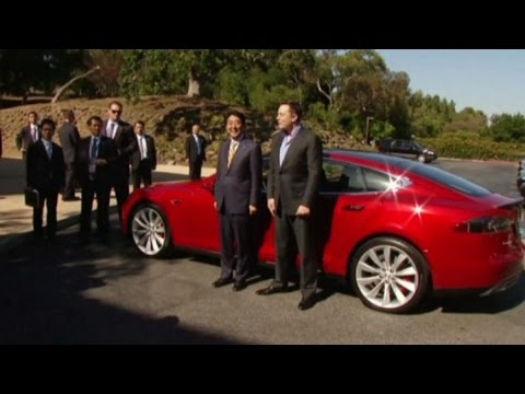 Tesla CEO Elon Musk Takes Japan's Shinzo Abe for a Ride in Model S