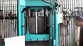 Mesin pres plastik botol agua. Hasil presan 80- 100 kg. Dengan Harga kejangko.