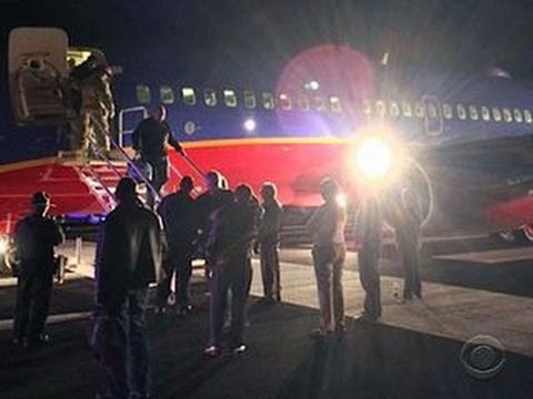 Southwest pilots who landed at wrong airport grounded, under investigation