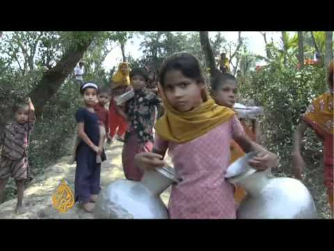 Pensioner Builds Schools In Bangladesh video