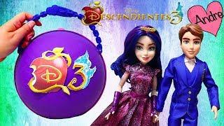 Andre abre bola LOL Big Surprise de Descendientes 3 con muñecas y juguetes de la película