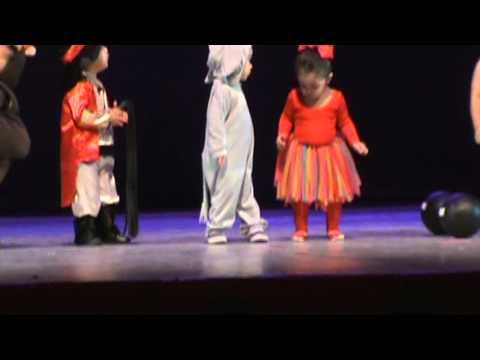 Festival De Mama Y Papa  Renata Carbajal video