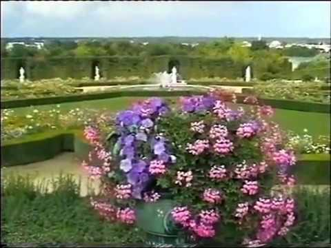 France d couverte du chateau et jardins de versailles for Jardin a la francaise versailles