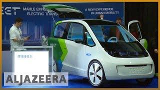 🇺🇸 Self-driving cars showcased at Detroit Auto Show l Al Jazeera English