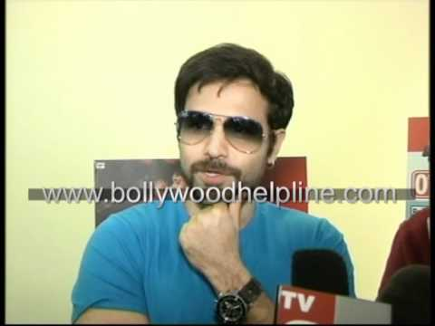 Imran Hashmi Promotes  Film Murder-2 video