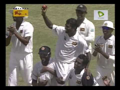 Muttiah Muralitharan's 800th wicket of his final Test match