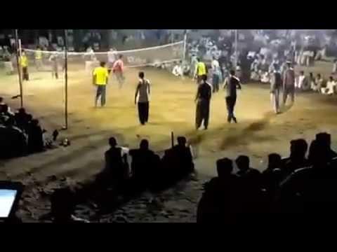 sajid khan khanan khail  vs  zubair khan new 2015 volleyball challenge match video