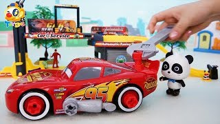 Lightning McQueen Fights against Bad Dinosaur | Super Panda Auto Repairman | Kids Toy Story | ToyBus