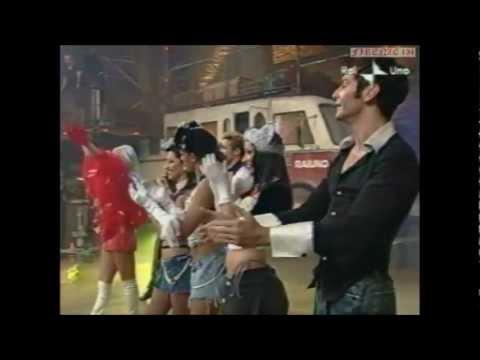Martina Nadalini & Ballerine con Matilde Brandi – Sigla Torno Sabato 2001.wmv
