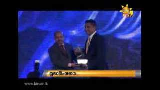 Hiru TV & Hiru FM win all the Media awards at SLIM Nielsen Peoples Awards 2015