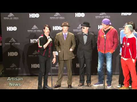 RED HOT CHILI PEPPERS BACKSTAGE ROCK HALL, COOPER TALKS AXL ON CARPET Music Videos