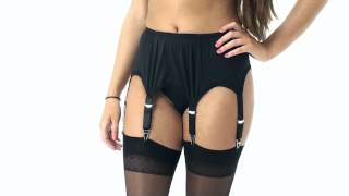 UK Tights - Sassy 6 Strap Plain Black Suspender Belt