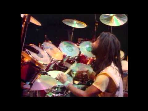 Peter Tosh - Captured Live - 1984 (DVD Completo) HD