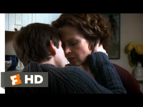 Tadpole (910) Movie CLIP - Kitchen Kiss (2002) HD