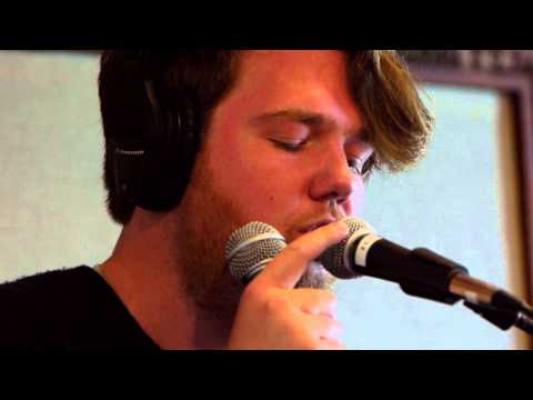 Chad Valley - Evening Surrender (Live on KEXP)