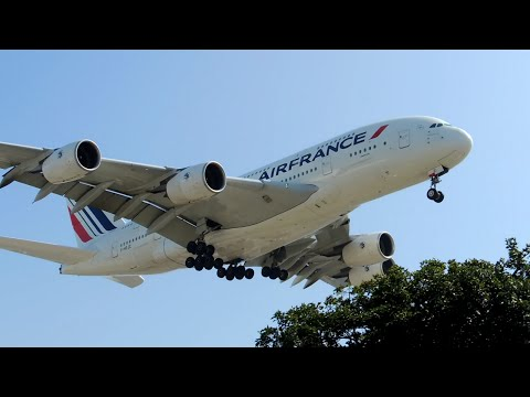 Air France Airbus A380-800 [F-HPJC] landing in LAX
