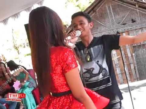 Putri - arif wijaya gita cinta New Evira live bojonegoro fea Denan NP