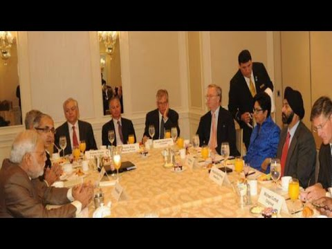Narendra Modi Meets CEOs over breakfast