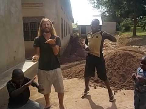 Uganda  Kyetume  Mirembe children´s house  Juggling with children around  2016
