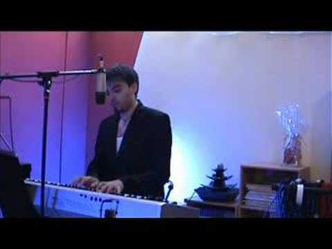 Mad World (Tears For Fears - Gary Jules piano cover)