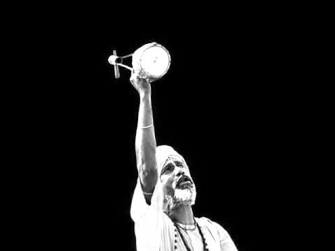 Monir Sarkar - Manush Ekta Dui Chakkar Cycle (Deho Totto)