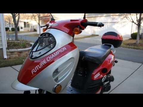 2012 VIP Scooter Red