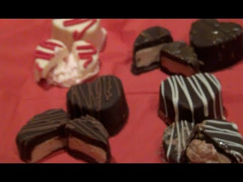 ♥ DIY: Filled Chocolates! Peanut butter, caramel cream, chocolate and strawberry mousse fillings!