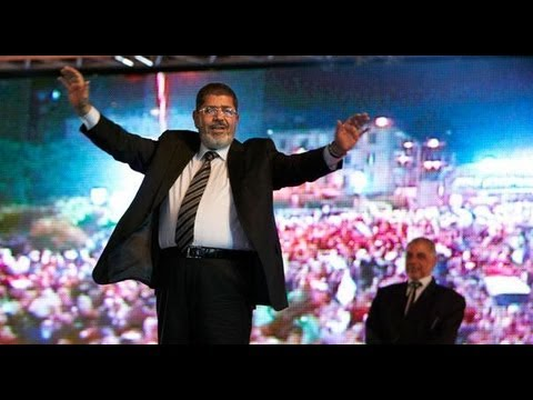 Divided Egypt votes in referendum on constitution - NewsX