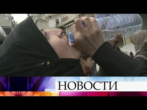 Российские военные организовали ежедневную доставку питьевой воды вкварталы Восточного Алеппо.